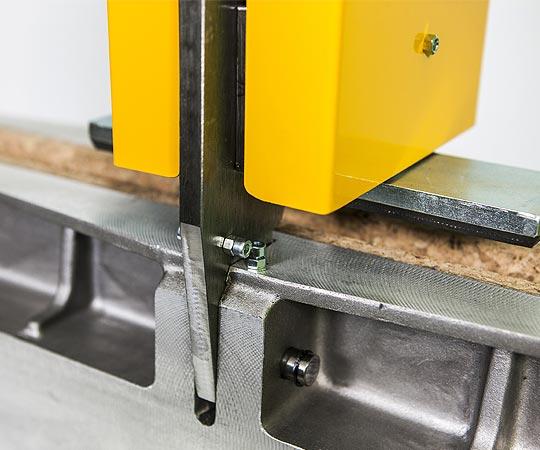 Macchine lavorazione vetro Pinze solleva lastre - img01