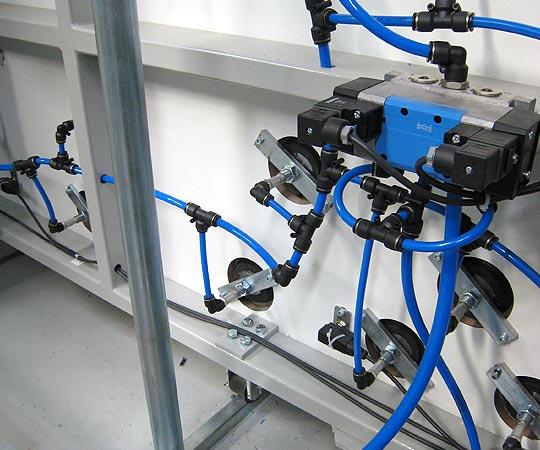 Macchine lavorazione vetro linee vetrocamere e presse - img01